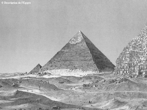 Ostseite der Chephren-Pyramide in Gizeh (mitte).