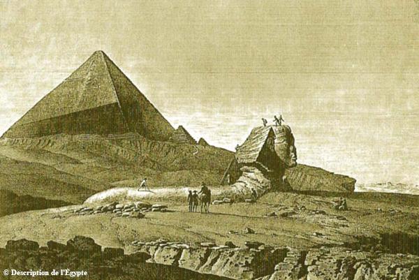 Die große Sphinx in Gizeh. Im Hintergrund die Südostecke der Cheops-Pyramide.