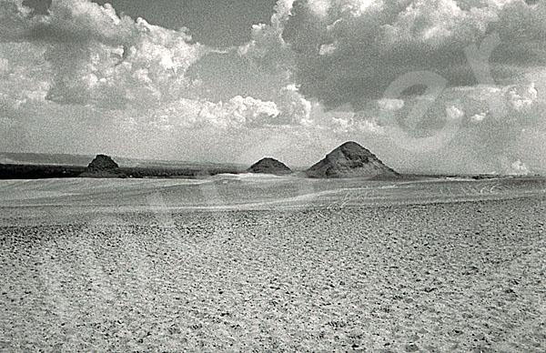 Abusir / Pyramidengebiet: Blickrichtung Osten, Bild-Nr. Grßansicht: 590a/1