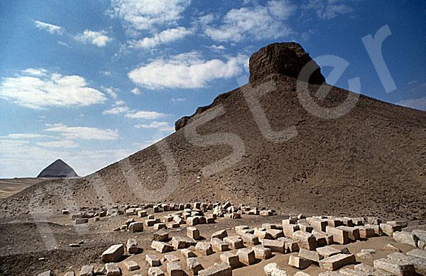 Amenemhat III.-Pyramide (Schwarze Pyramide): Ecke, Bild-Nr. Grßansicht: 360a/19