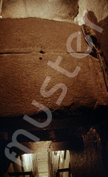 Cheops-Pyramide: Fallsteinanlage / -sperre, Bild-Nr. Grßansicht: 25b/7