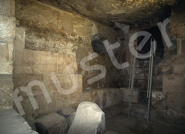 Cheops-Pyramide: Haupt- / Grabkammer, Bild-Nr. Grßansicht: 26a/27