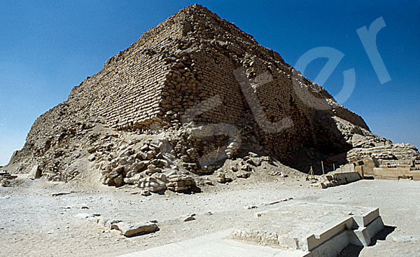 Djoser-Pyramide: Ecke, Bild-Nr. Grßansicht: 200a/1