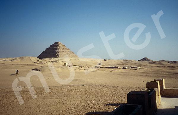 Djoser-Pyramide: Ecke, Bild-Nr. Grßansicht: 200a/2