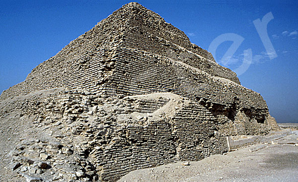 Djoser-Pyramide: Ecke, Bild-Nr. Grßansicht: 200a/4
