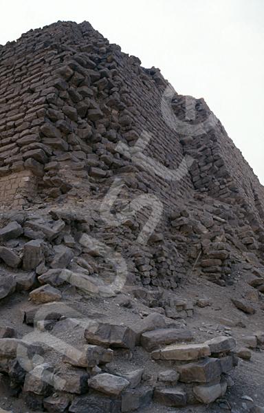 Djoser-Pyramide: Ecke, Bild-Nr. Grßansicht: 200b/11