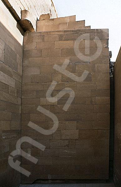 Djoser-Pyramide: Kollonaden- / Eingangshalle, Bild-Nr. Grßansicht: 200a/28