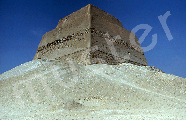 Medum-Pyramide: Ecke, Bild-Nr. Grßansicht: 420b/10
