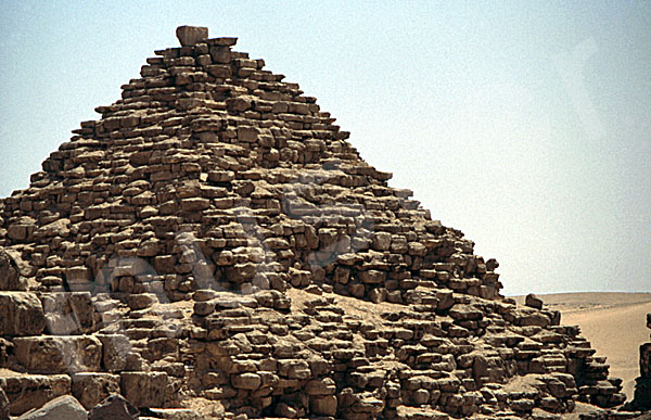 Mykerinos-Pyramide: Ecke, Bild-Nr. Grßansicht: 40b/38