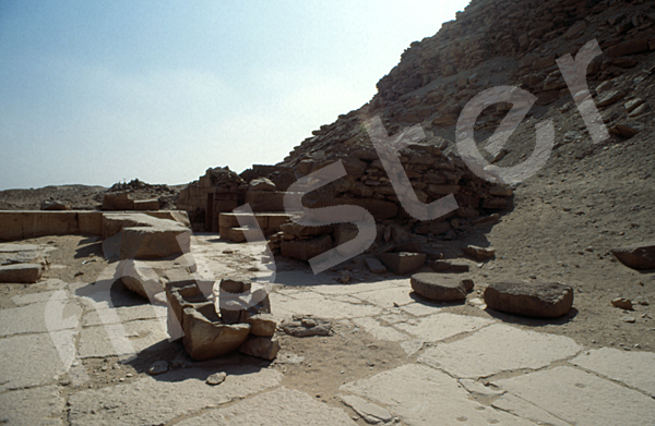 Neferirkare-Pyramide: Totentempel, Bild-Nr. Grßansicht: 140a/5