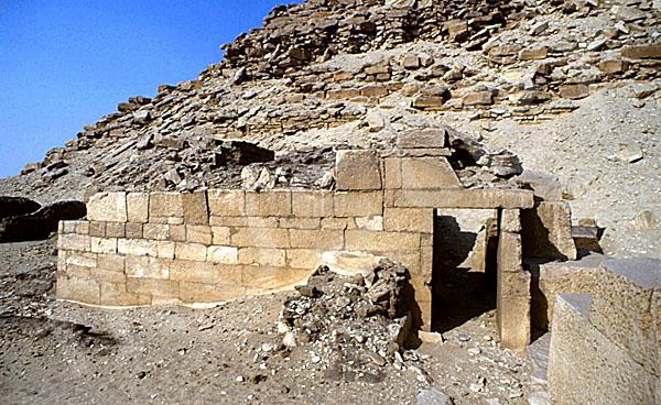 Neferirkare-Pyramide: Totentempel, Bild-Nr. Grßansicht: 140a/9