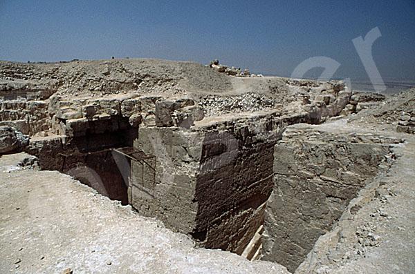 Radjedef-Pyramide: T-förmige Ausschachtung, Bild-Nr. Grßansicht: 15a/27