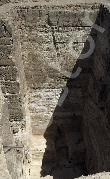 Radjedef-Pyramide: T-förmige Ausschachtung, Bild-Nr. Grßansicht: 15a/29
