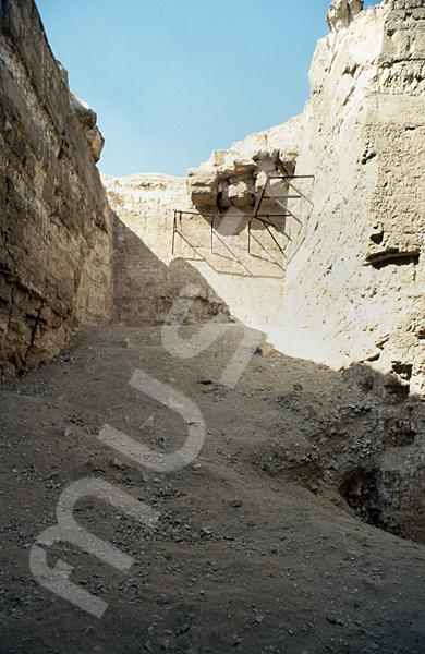 Radjedef-Pyramide: T-förmige Ausschachtung, Bild-Nr. Grßansicht: 15a/40
