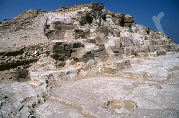 Radjedef-Pyramide: Ecke, Bild-Nr. Grßansicht: 10b/8