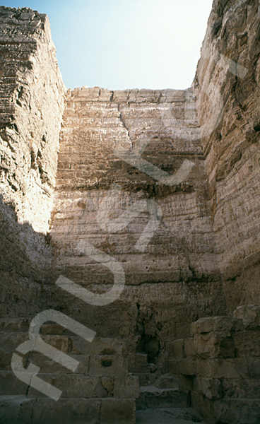 Radjedef-Pyramide: Nische, Bild-Nr. Grßansicht: 15b/13