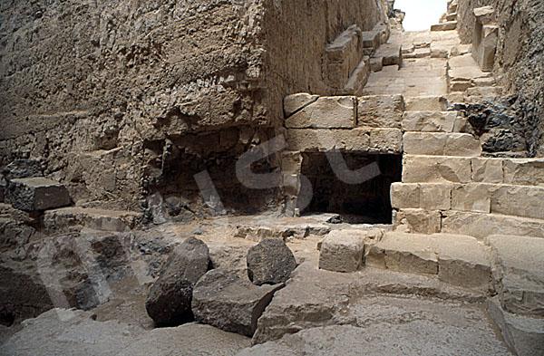 Radjedef-Pyramide: Tunnel / Tunnenlsystem, Bild-Nr. Grßansicht: 15a/23