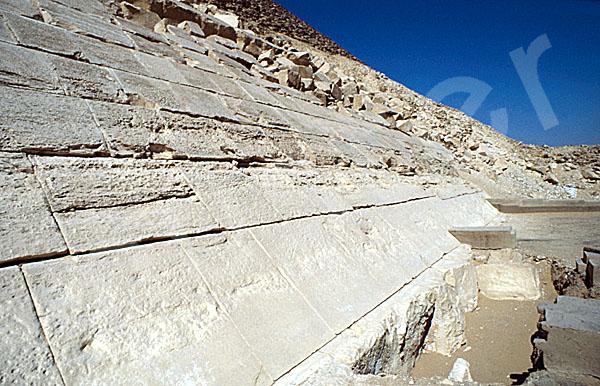 Rote Pyramide: Seite, Bild-Nr. Grßansicht: 340a/27