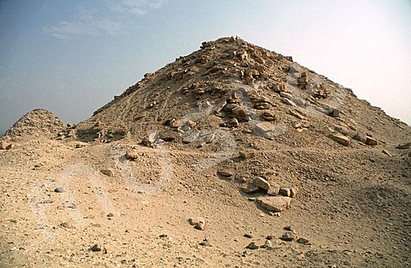 Sahure-Pyramide: Ecke, Bild-Nr. Grßansicht: 120b/14