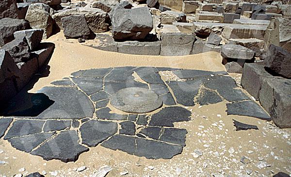Sahure-Pyramide: Totentempel, Bild-Nr. Grßansicht: 120a/21