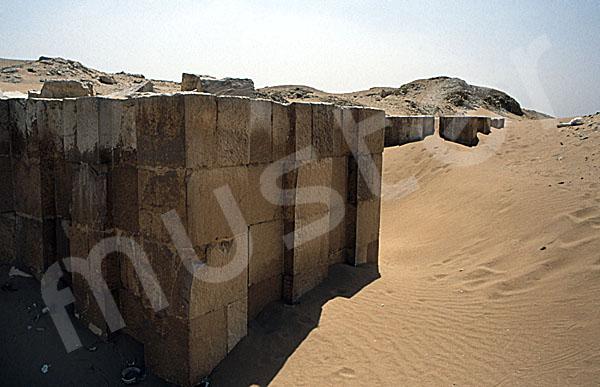 Sechemchet-Pyramide: Umfassungs- / Temenosmauer, Bild-Nr. Grßansicht: 220a/13