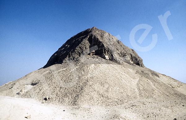 Sesostris-II.-Pyramide: Ecke, Bild-Nr. Grßansicht: 450a/3
