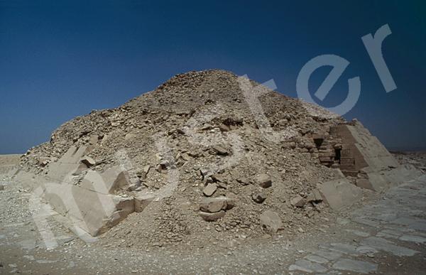 Unas Pyramide: Ecke, Bild-Nr. Grßansicht: 210a/3