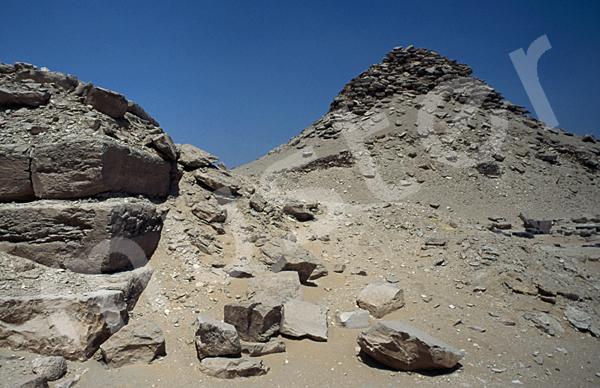 Userkaf-Pyramide: Ecke, Bild-Nr. Grßansicht: 190a/23